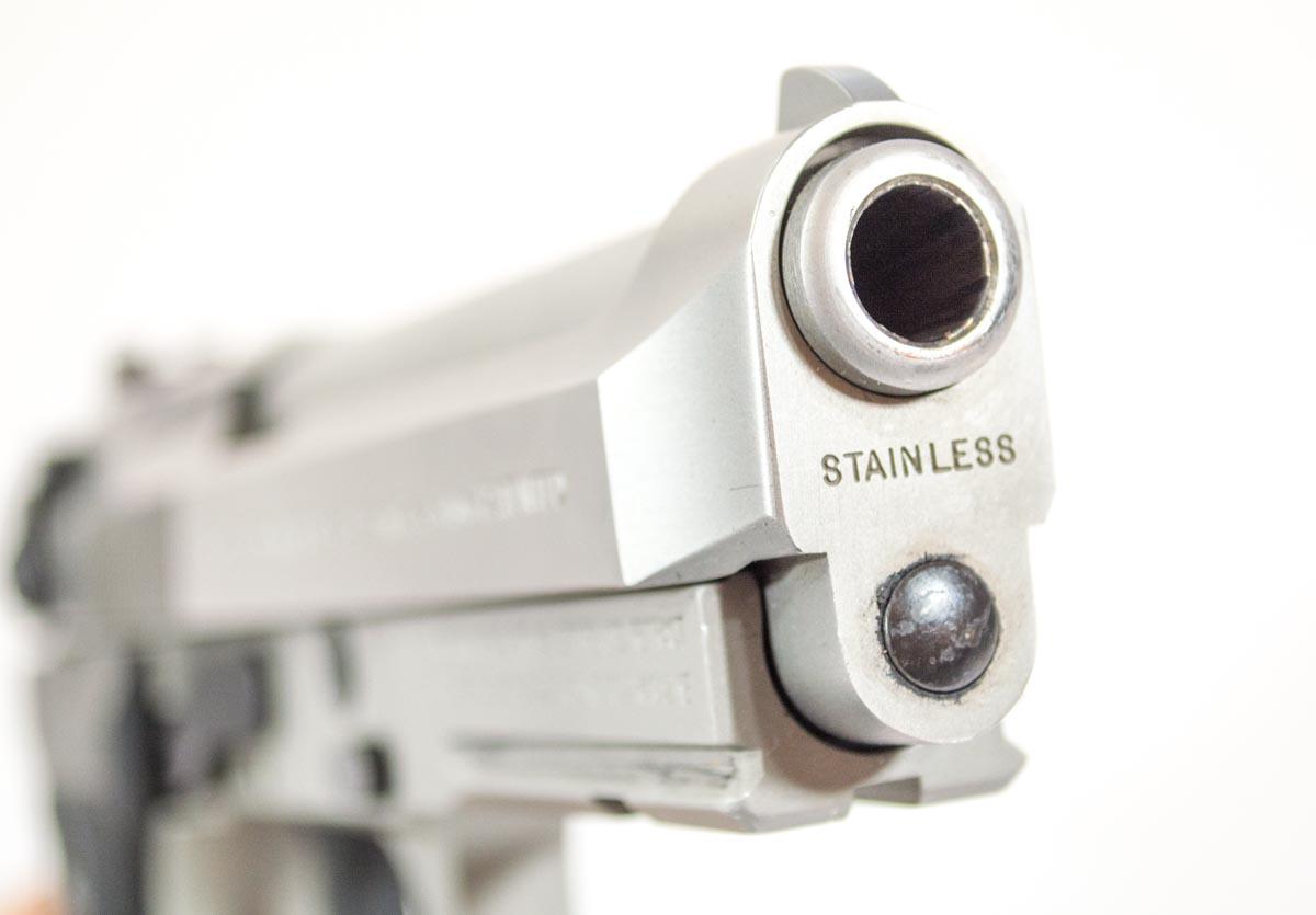 Beretta 92 Compact-1-2.jpg