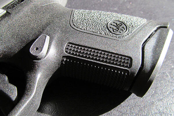 Beretta APX Compact 6