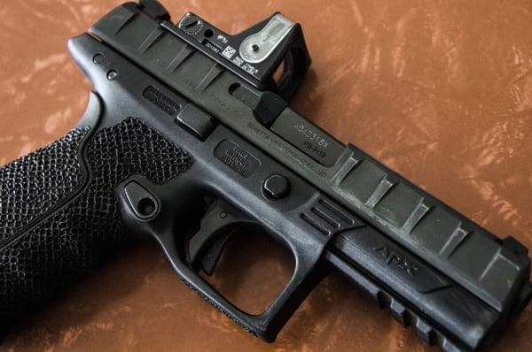 Beretta APX RDO edit