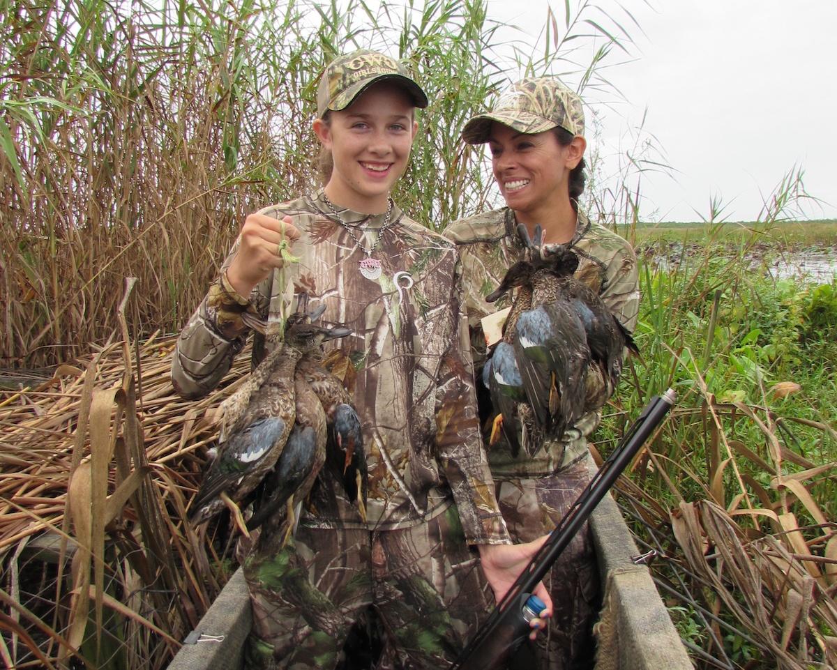 Teal-hunt-submerged-blind-marsh-Mia-Anstine-photo.jpg