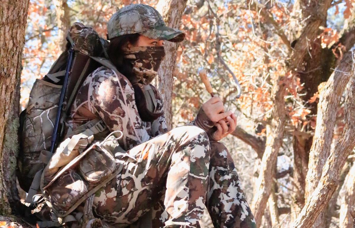 Turkey-Hunting-vest-calling-Mia-Anstine-Beretta-Lea-Leggitt-photo.jpg